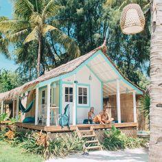 House beach exterior surf shack ideas for 2019 Surf Shack, Beach Shack, Beach Cottage Style, Beach House Decor, Coastal Cottage, Coastal Rugs, Coastal Living, Future House, Dream Beach Houses
