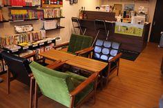 書店客人休憩的沙發