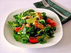 Salat mit gebratener Hähnchenbrust, ein sehr schönes Rezept aus der Kategorie…