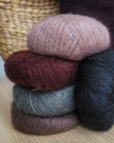 Sorbet, Yarns, Knit Crochet, Colours, Throw Pillows, Sewing, Knitting, Knits, Instagram