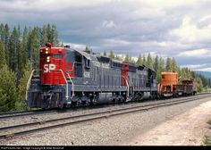 RailPictures.Net Photo: SP 4396 Southern Pacific Railroad EMD SD9 at Crescent Lake, Oregon by Mike Woodruff