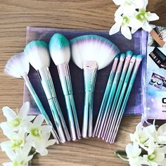 All those Unicorn vibes ✨ The GWA Unicorn Fantasy Collection brush set. Thank you @zoeg1991 for this beaut pic. Pretty, cruelty free and vegan friendly brushes ✨ www.girlswithattitude.co.uk