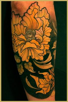 """Tattoo by Lars """"Lu's Lips"""" Uwe ?   I just like the flower and the outline. The shading is too dark for me but... others seem to like it."""