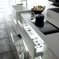 Kitchen storage   Keukenlade   Keuken   Opbergen