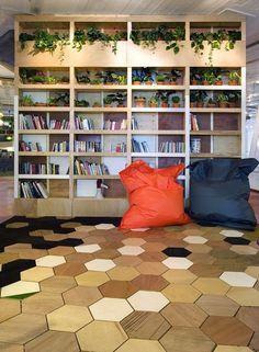I'm a sucker for hexagonal floor tiles Parquet Flooring, Wooden Flooring, Interior Architecture, Interior And Exterior, Interior Design, Bois Diy, Shop Fittings, The Design Files, Floor Patterns