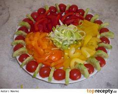 jednoduché obložené mísy - Hledat Googlem Fruit Salad, Cooking, Food, Fruit Ideas, Fruit Salads, Meal, Kochen, Essen, Hoods
