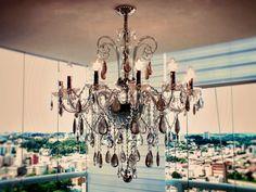 #chandelier #crystal LUSTRE TIVOLI 12 BRAÇOS, FABRICADO COM CRISTAIS DE ROCHA EM TONS FUMÊ E CRISTAIS TRANSPARENTES ASFOUR (EGITO - 30% PBO).
