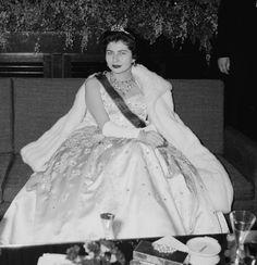 16 icônes et leurs joailliers stars hollywoodiennes bijoux Impératrice Soraya Boucheron