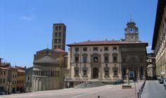 Piazza Grande, Arezzo city, Tuscany, Italy
