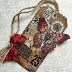 SewPaperPaint: Tim Holtz November 12 Tags of 2016
