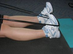 Exercises to help prevent and recover from shin splints. First case of shin splints since I started working out.they are killing me and my routine. Shin Splint Exercises, Shin Splints, Foot Exercises, Front Leg Muscle, Calf Stretches, Stretching, Running Workouts, Running Tips, Health