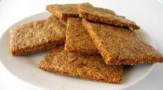 Este pan sin gluten es una alternativa perfecta para sustituir al pan tradicional de trigo. Ingredientes: 2 tazas de semillas de lino molidas. ( Las puedes comprar molidas o molerlas con el molinil…
