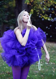 13 DIY Halloween Costumes For Adults: DIY Shower Pouf Costume