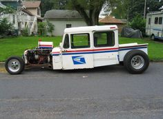 "US mail truck@beckyrobinson.  Bet Kev would love this ""LLV""."