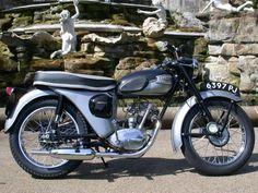 1962 Triumph Tiger Cub 199cc British Motorcycles, Vintage Motorcycles, Triumph Motorcycles, Cars And Motorcycles, Triumph Bonneville, Tiger Cubs, Old Bikes, Classic Bikes, Vintage Bikes