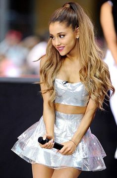 10 Super Peinados de Coleton a Por Ariana Grande ♥ Ariana Grande Outfits, Ariana Grande Fotos, Ariana Grande Today, Cabello Ariana Grande, Ariana Grande Hair Color, Ariana Grande Hairstyles, Ariana Grande Makeup, Ariana Grande Cute, Party Hairstyles For Long Hair
