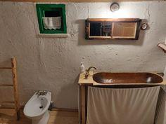 Top 5 locuri uimitoare, despre care nu ai crede că sunt în România, pentru un roadtrip cu familia Top 5, Bathtub, Vanity, Bathroom, Standing Bath, Painted Makeup Vanity, Washroom, Bath Tub, Lowboy