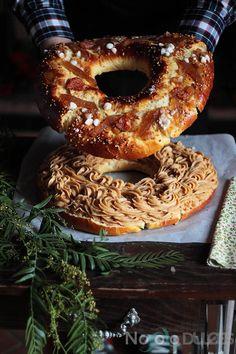 Receta de esponjoso roscón de reyes relleno de crema pastelera de turrón de Jijona. Ideal para Navidades y aprovechar los últimos restos de turrones