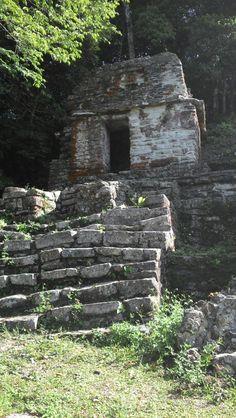 Ruinas mayas de Bonampack chiapas Mayan Ruins, Ancient Ruins, Archaeological Site, Beautiful Wall, Archaeology, Museum, World, Aztec, Maya Civilization