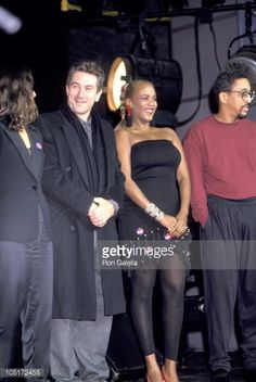 105172455-robert-de-niro-and-toukie-smith-during-david-gettyimages.jpg (398×594)