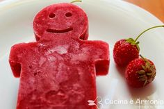 #Ghiaccioli alla #fragola http://www.cucinaearmonia.com/2014/06/ghiaccioli-alla-fragola.html #food #foodblogger #cucinaearmonia