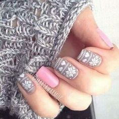 Love these winter print nails!