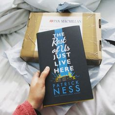 A Full review of The Rest of Us Just Live Here by Patrick Ness. I share my thoughts on a book by an author who is fast becoming one of my favourites.