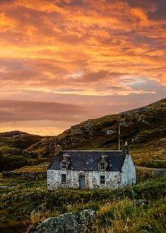 Beautiful World, Beautiful Places, Scotland Landscape, Scotland Travel, Scotland Trip, Scotland Castles, Skye Scotland, Bothy, England And Scotland