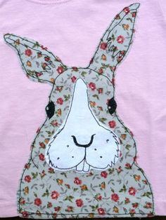 This pink t-shirt features a grey with rose print bunny rabbit. No two t-shirts are the same as they are created using the freestyle machine embroidery method giving each design a beautiful handmade feel each with its own unique character. Freehand Machine Embroidery, Free Motion Embroidery, Free Machine Embroidery, Applique Cushions, Applique Quilts, Embroidery Applique, Raw Edge Applique, Embroidery Jewelry, Applique Templates
