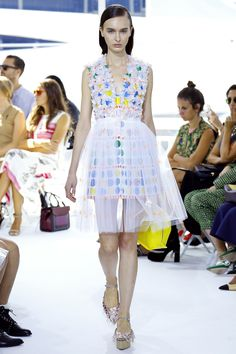 http://www.vogue.com/fashion-shows/spring-2016-ready-to-wear/delpozo/slideshow/collection