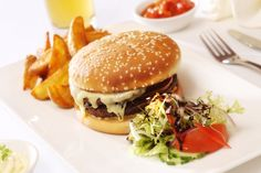 A classic burger and chips @ The BEST WESTERN Moorings Hotel. #FoodieFanatic