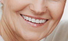 Cuatro de cada diez personas mayores de 60 años tiene algún implante dental, tal y como pone de manifiesto el Estudio Sanitas de Salud Bucodental 2016.