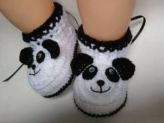 Resultado de imagem para passo a passo sapatinho de croche urso panda