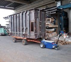 M11 Zallys, ručne vedený ťahač určený pre sťahovanie ťažkých bremien vo výrobných závodoch a v logistických centrách. Magnetická brzda elektromotora proti náhodnému pošmyknutiu, prevod ozubenými kolesami. Rôzne druhy ťažného zariadenia. Rýchlosť – 5 km/h; Ťažná kapacita až 15 000 kg; Nosnosť vozíka 500kg; Sklon 15°. Vyrobené v Taliansku.