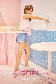 TWICE - Signal Tzuyu, Momo and Dahyun Style Teasers - Imgur