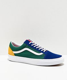 A nautically-inspired variant on a timeless silhouette, the Old Skool Yacht Club blue, green, yellow and red skate shoes are a colorful addition to your Vans collection. Featuring a yacht club-inspired colorblock construction, this unique take on the clas Red Vans Outfit, Red Vans Shoes, Dress And Sneakers Outfit, Vans Sneakers, Skate Shoes, Yellow Vans, Green Vans, Yellow Shoes, Blue Green