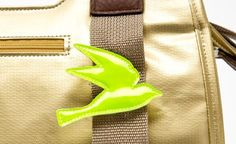 reflective pin