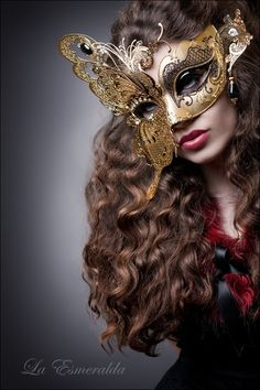 Masquerade - La Esmeralda