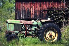John Deere Decor, Vintage Tractor