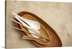 Google Image Result for http://static.greatbigcanvas.com/images/singlecanvas_thick_none/getty-images/japanese-style-wooden-and-porcelain-eating-utensils-75627013.jpg%3Fmax%3D540