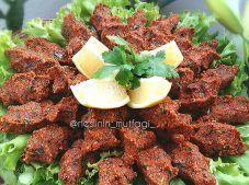 ÇİĞ KÖFTE YAPIMI Tandoori Chicken, Salsa, Beef, Ethnic Recipes, Food, Meat, Essen, Salsa Music, Meals