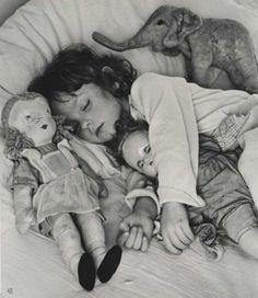 Ilse Bing, Sleeping child, 1945