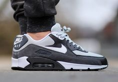 nike-air-max-90-essential-grey-mist-white-black-dark-grey-1