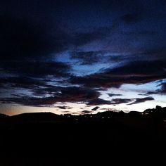 "@mb68 su Instagram: ""#clouds #sunset #sunset_pics #lugano #ticino #switzerland #nuvole"""