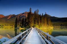 Pyramid Lake    Jasper National Park
