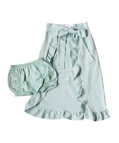 J. Elizabeth, 2 piece set, Charlotte Maxi Skirt with Matching Bloomers, Ruffle lined, floor sweeping cape skirt and bubble bloomers. Little girls spring fashion, trendy. 2 colors, Mint, Dusty Pink. Shop: Kid's Boutique  - Like/Follow me on FB @ SEAMONster's Boutique