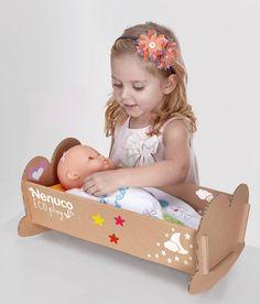 Cardboard Crafts Kids, Cardboard Toys, Cardboard Furniture, Kids Furniture, Baby Doll Bed, Doll Beds, Toddler Toys, Baby Toys, Kids Toys