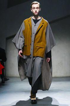 22/4_Hommes Menswear Fall Winter 2015 Paris