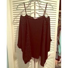 Cold Shoulder lace cotton top Size XL - Charlotte Russe - Never worn NWT - black with lace Charlotte Russe Tops