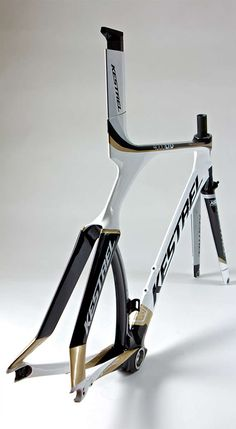 VELO - TT - KESTREL - 4000 - CARBON - LIMITED EDITION